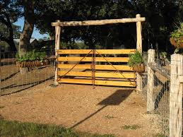 The Amount Of Pride And Experience That Goes Into Construction Your Fences Should Also Apply Towards Gates Or Entrancess