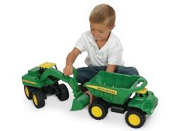 Amazon.com: John Deere - Big Scoop Dump Truck: Toys & Games