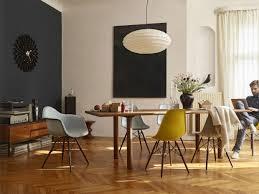 original gegen plagiat eames plastic chair vitra used