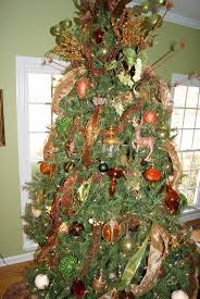 Rotating Christmas Tree Stand Hobby Lobby by It U0027s The Little Things How To Layer A Christmas Tree