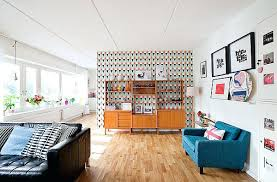 Living Room Retro Decorating Ideas Modern With A Bright Couch And Interesting Wallpaper