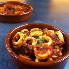 comment cuisiner des encornets frais encornets au chorizo la recette légère qui fait voyager