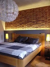 schlafzimmer atemberaubend steinwand schlafzimmer mit