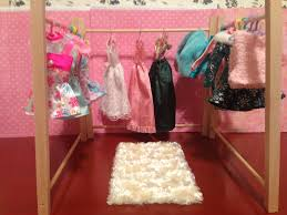 Barbie Living Room Furniture Diy by Little Known Ways To Make Doll Clothes Yourselves Barbie