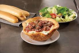 The Meatball Pizza Bowl Is Olive Garden s Latest Lunch Mash Up