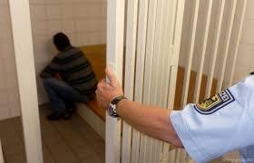 grenzkontrollen bundespolizei bringt vier straftäter ins