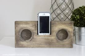 How To Make A Wood Speaker Amp For Your Phone This Works Best