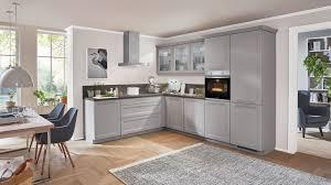 großzügige l küche cascada nobilia mit front in steingrau