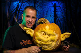 Awesome Pumpkin Carvings by The 25 Best Pumpkin Carver Ideas On Pinterest Pictures Of