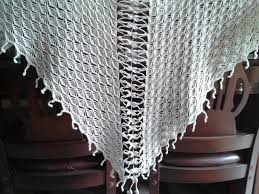 triangular crochet shawl crochetshelters