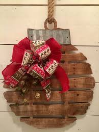 Primitive Decorating Ideas For Christmas by Primitive Christmas Decor Lizardmedia Co
