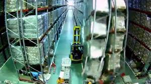100 Fork Truck Accidents Lift Accident Creates Warehouse Disaster In Viral Video