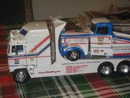 AMT Tyrone Malone Kenworth Transporter Papa Plastic Model Truck Kit ...