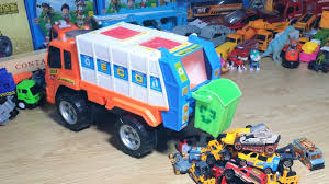Garbage Truck For Kids - Cars Videos For Children - Toy Collection ... Garbage Truck Toy For Kids Playset With Trash Cans Youtube Air Pump Series Brands Products Www Videos For Children L Mighty Machines At Work Garbage Truck Children Bruder Recycling 4143 Phillips Video 3 Amazoncom Tonka Motorized Ffp Toys Games Big Orange The Park Car Garage Factory Cartoon About Cars Top 15 Coolest Sale In 2017 And Which Scania Surprise Unboxing Playing Toy Time Garbage Trucks Collection R Us Green Side Loader