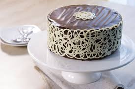 decoration patisserie en chocolat mudcake chocolat déco dentelle