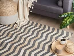 teppich kuhfell grau beige 140 x 200 cm patchwork kurzflor