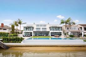 100 Beach House Architecture Stunning Modern Newport Created By Sinclair