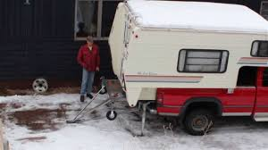 EZ Pickup Camper - Unloading - YouTube