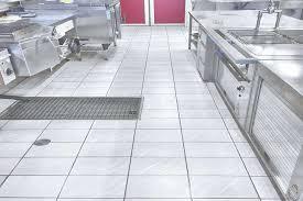 küchen fliesen rutschhemmung nachträgliche sanierung