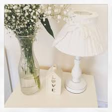 Shabby Chic f White Bedside Wooden Lamp Base & Bow Linen Shade