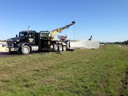 When Might I Need Tow Truck Service - Ward's Wrecker Service, Inc.