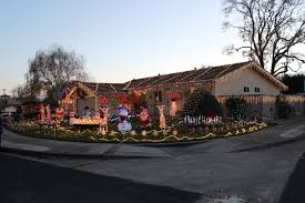 Clovis Christmas Tree Lane by Best Christmas Lights And Holiday Displays In Dublin Alameda County