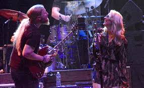 Tedeschi Trucks Band Closes Out Heroic Boston Run (SHOW REVIEW ... Tedeschi Trucks Band Keep On Growing Live From The Fox Concert According 2 G Blue Mountain Music Brownbox By Amprx Now In Canada Guitar Player Rigs Of The Supetars 80 81 Gathering Vibes 2015 Fretboard Journal 34 35 844 Best Big And 18 Wheelers Images On Pinterest Trucks Derek Playing Duane Allmans Guitar Derek Band Amazing Performance Youtube Tonal Bases Defing Perfecting Your Signature Reverb News Layla