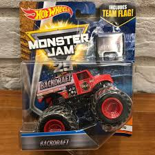 100 Monster Trucks Games Jam Backdraft Fire Engine Truck 164 Diecast Toys