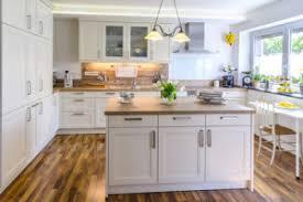 deko ideen für eine kücheneinrichtung im landhausstil