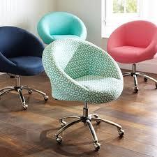 Mainstays Desk Chair Fuschia by Best 25 Pink Desk Chair Ideas On Pinterest Tufted Desk Chair