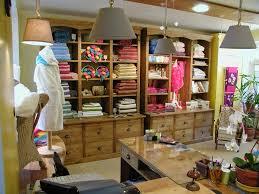 magasin linge de maison la grange meubles neufs et anciens au conquet au linge de maison