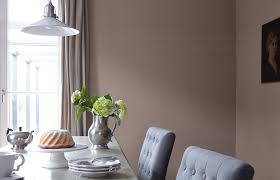 premium wandfarbe braun erdbraun alpina feine farben