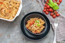 baked feta pasta einfaches schnelles rezept mit wenigen zutaten