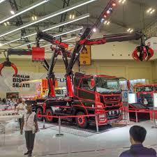 100 Tarantula Trucks Ryuzasan Ryuza A Arrafi This Is Mitsubishi Fuso Super Great V
