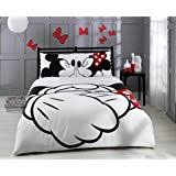 Minnie Mouse Queen Bedding by Amazon Com Disney Mickey U0026 Minnie In Love Queen Size Home