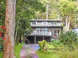 100 Picture Of Two Story House Spacious With Large Deck Pearl Beach Holidays