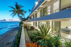 100 Houses For Sale In Malibu Beach EXTRAORDINARY MALIBU BEACH HOME IN HONOLULU Hawaii Luxury Homes