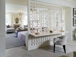 raumteiler schlafzimmer wohnbereich dekorative wand