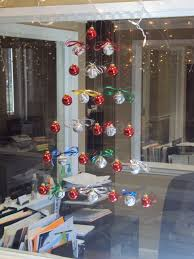 Seattle Christmas Tree Disposal by Hanging Christmas Tree Made Of Balls Christmas Diy Ideas