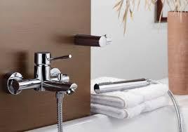 badewannenarmatur einhebelmischer chrom duschgarnitur