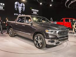 2019 Ram 1500 Pickup First Look | Kelley Blue Book First Drive ...