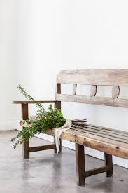 Farmhouse Style White And Wood Entryway Bench
