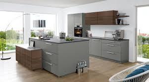 moderne inselküche soft lack nolte küchen mit front in matt quarzgrau