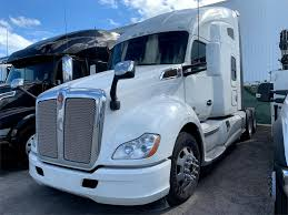 Conventional - Sleeper Trucks For Sale In Florida