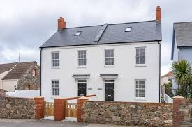 100 Maisonette House No 2 La Guernsey Property Livingroom