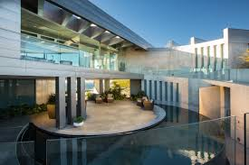 100 Crescent House House LUXUO