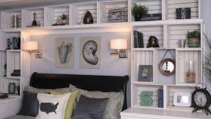 DIY Built In Bookshelves From Crates
