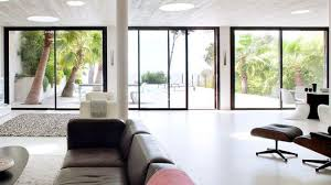 stores rideaux fenêtres pvc alu bois côté maison
