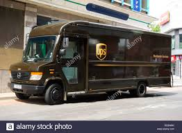 Ups Logo Stock Photos & Ups Logo Stock Images - Alamy Vr Improving Trucker Safety For Ups Gas Suppliers Heres How Fortune Drivers Never Turn Left And Neither Should You Travel Leisure Comparison Of Shipping Services Businesscom Pickup Truck Best Buy 2018 Kelley Blue Book Iama Driver Ama Iama Warns That Some Deliveries Are Delayed Walthers Products Ho Scale 2 Biggest Challenges Facing United Parcel Service The Motley Fool Post Office Taking On Amazon Fedex With Sameday Deliveries To Become A Driver To Work For Brown Worlds Photos Daycab Ups Flickr Hive Mind Ford Oneups Chevy With Largest Flag Record Photo Image Gallery
