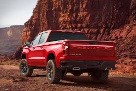 The New Chevrolet Silverado Is Not Small - Esquire Middle East 2018 Colorado Midsize Truck Chevrolet 1982 S10 Sport Classic Cars Pinterest And New Car Review2018 Zr2 Pickup Youtube Builds 1967 C10 Custom For Sema Silverado 1500 Pickup Small Chevrolet Truck Best Trucks Check More At Http Meet Chevys 2019 Adventure Grows Wings Ssr Wikipedia Theres A Deerspecial Chevy Super 10 Urturn The Cruzeamino Is Gms Cafeproof Small Truth Made In Canada 1953 1434